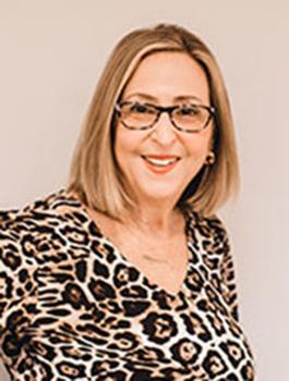 Donna Singer headshot